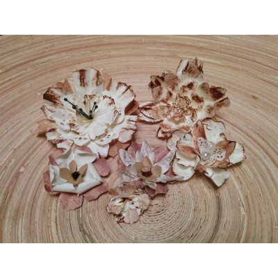Kézzel készített papír virág - 6 db barna