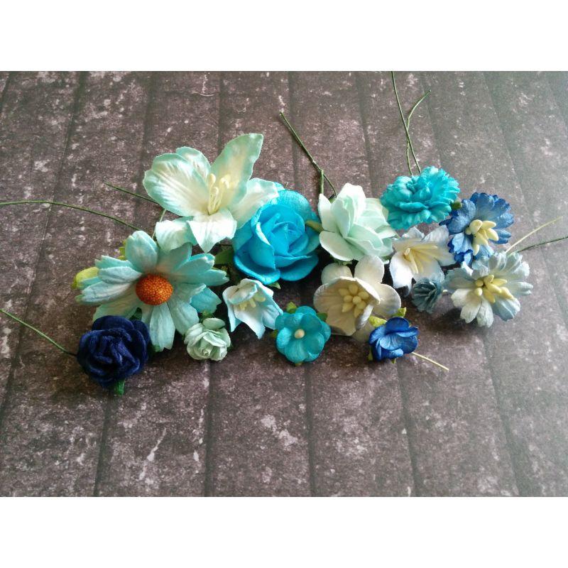 Kék és türkiz papír virágok - 20 db
