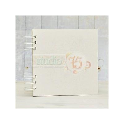 10 lapos chipboard album fehér karikákkal - 15x15 cm