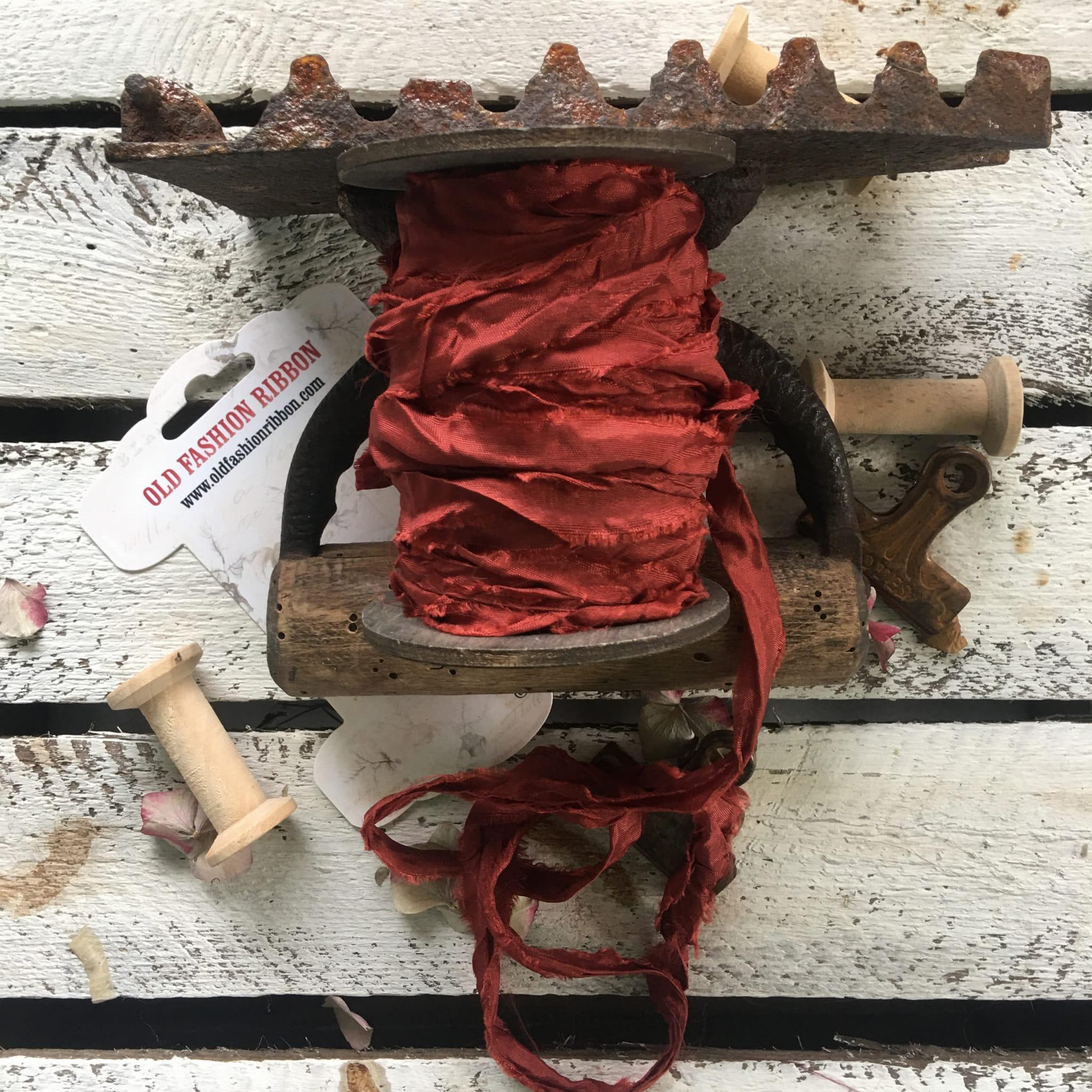 Old Fashion szatén szalag - rusty brown/rozsdabarna