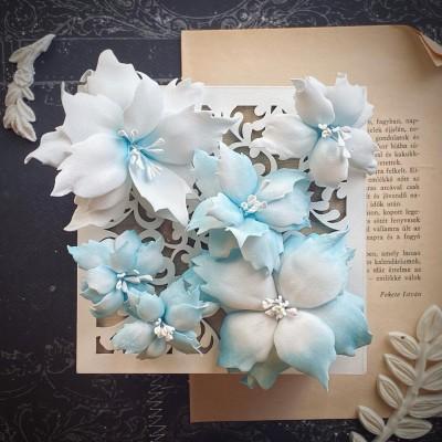 Foamiran virágok - mikulás vegyes méretben (világoskék)
