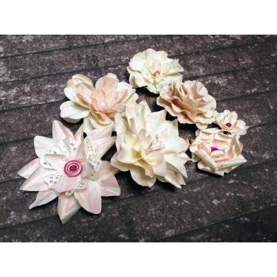 Kézzel készített papír virág - 7 db világosrózsaszín