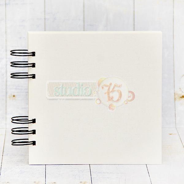 10 lapos chipboard album fekete karikákkal  - 20x20 cm