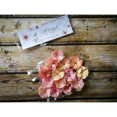 Kézzel készített kis papír virág -  12 db sárga-rózsaszín