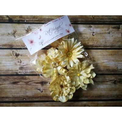 Kézzel készített papír virág -  7 db sárga