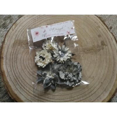 Kézzel készített papír virág -  7 db szürke