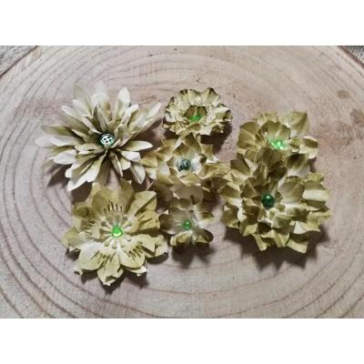 Kézzel készített papír virág -  7 db zöld
