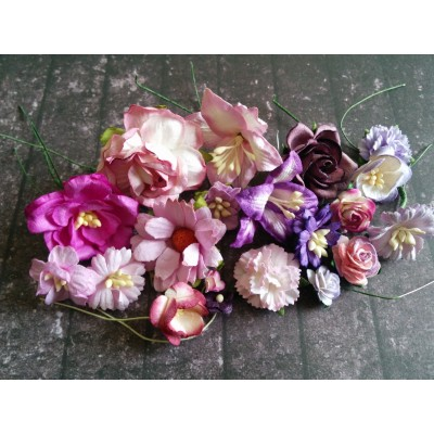 Lila papír virágok - 20 db